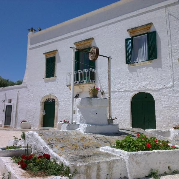 3 Bedroom Farmhouse in Ostuni to rent from £386 pw. With balcony/terrace, TV and DVD.