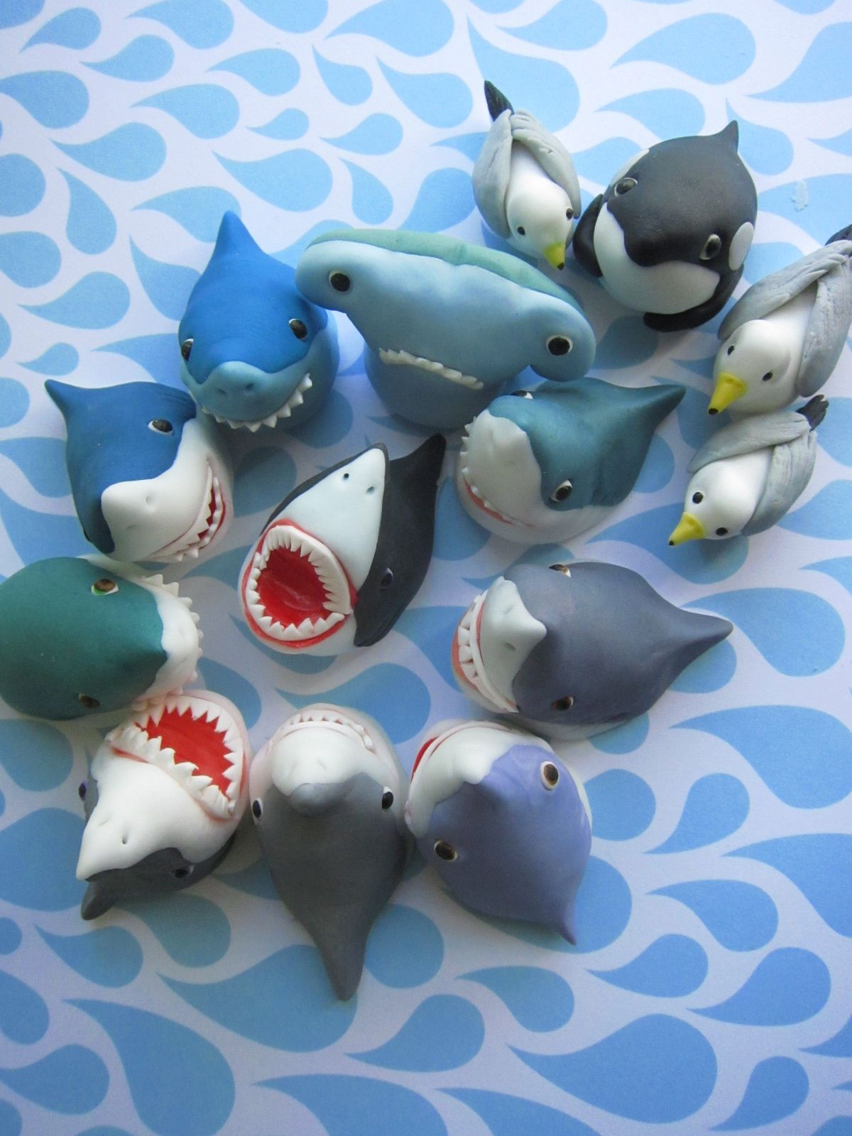 recipe: shark cupcake topper [10]