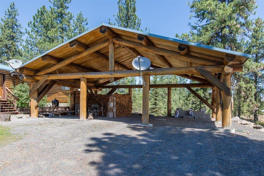 31496055.jpg (900×600) Barn plans, Timber frame homes