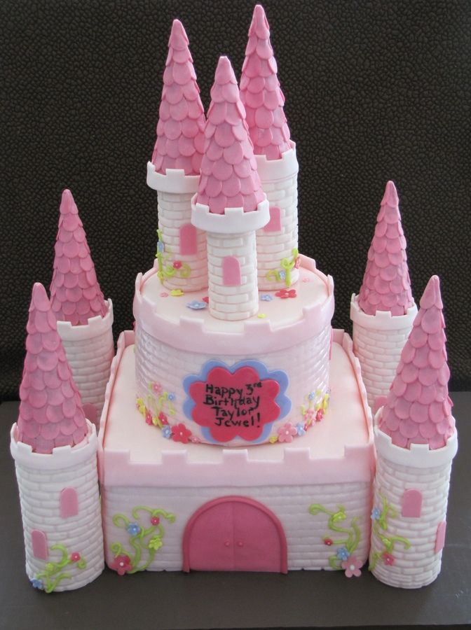 This pink castle cake was for a 3 year old little girl Thanks to