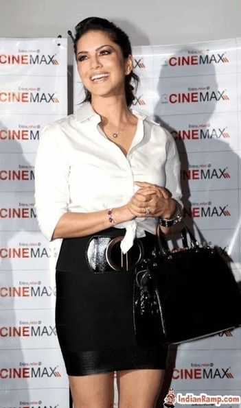 Sunny leone white shirt was and