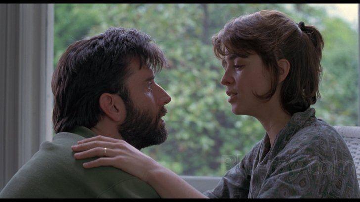 Annabella Sciorra and Matt McCoy in The Hand That Rocks The Cradle