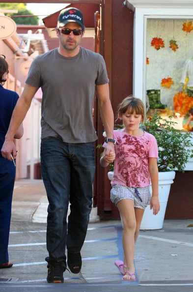 Patrick Dempsey Holding Hands With His Daughter While Walking Awww