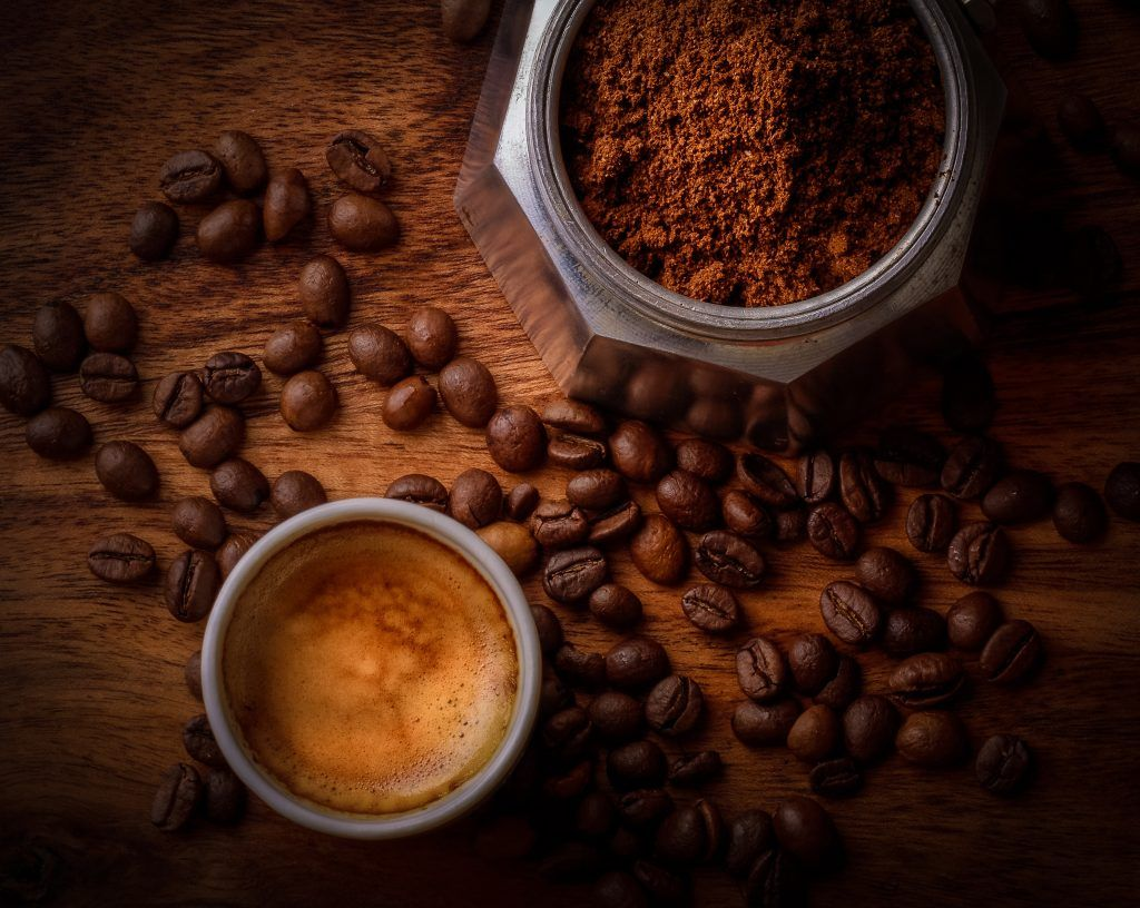 Did You Know That Coffee Has Some Great Properties For Skin Care When You Mix Coffee With Essential Oils Coffee Recipes Roasted Coffee Beans Coffee Roasting