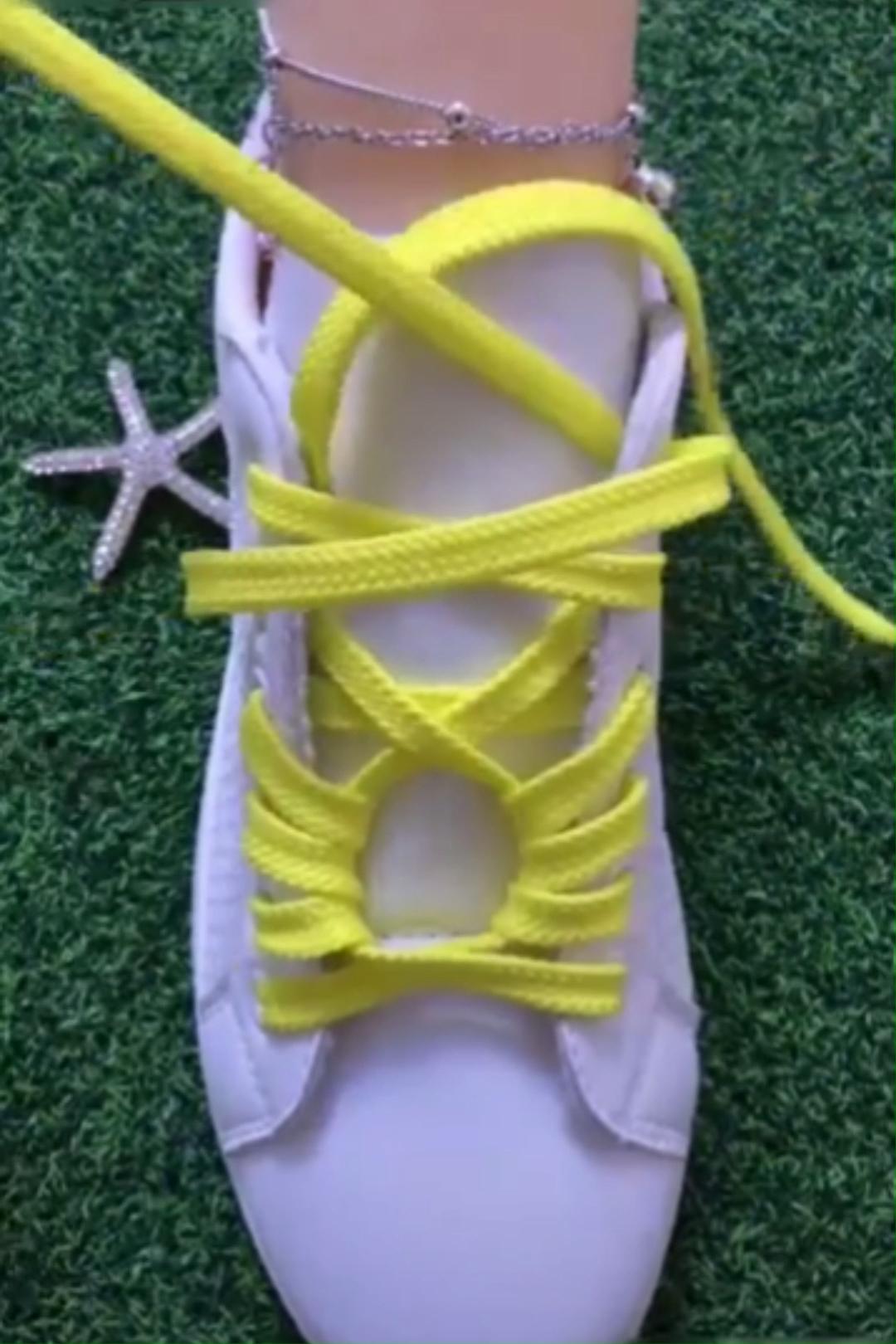 Pin De Kerstin Thiele En Mode Video Cordones De Zapatillas Cordones Para Zapatos Amarre De Zapatos