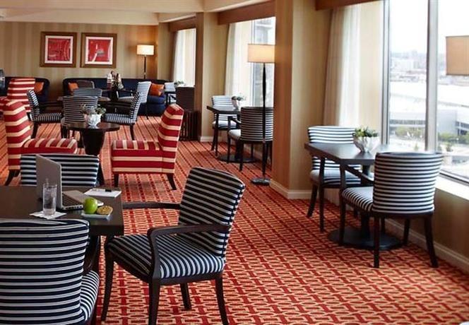 Hotel Deal Checker - Renaissance Boston Waterfront Hotel