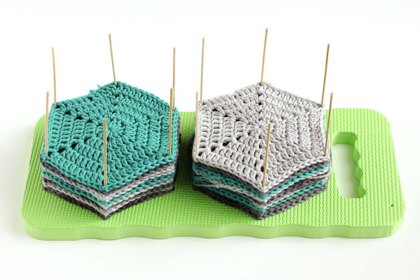 Knitting Granny Squares For Beginners : How to block crochet with easy diy blocking board