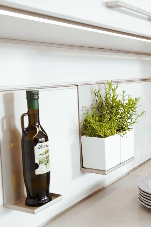 Hängu0027s doch einfach an die Wand! Praktische Organisationhelfer für - nischenplatten für küchen