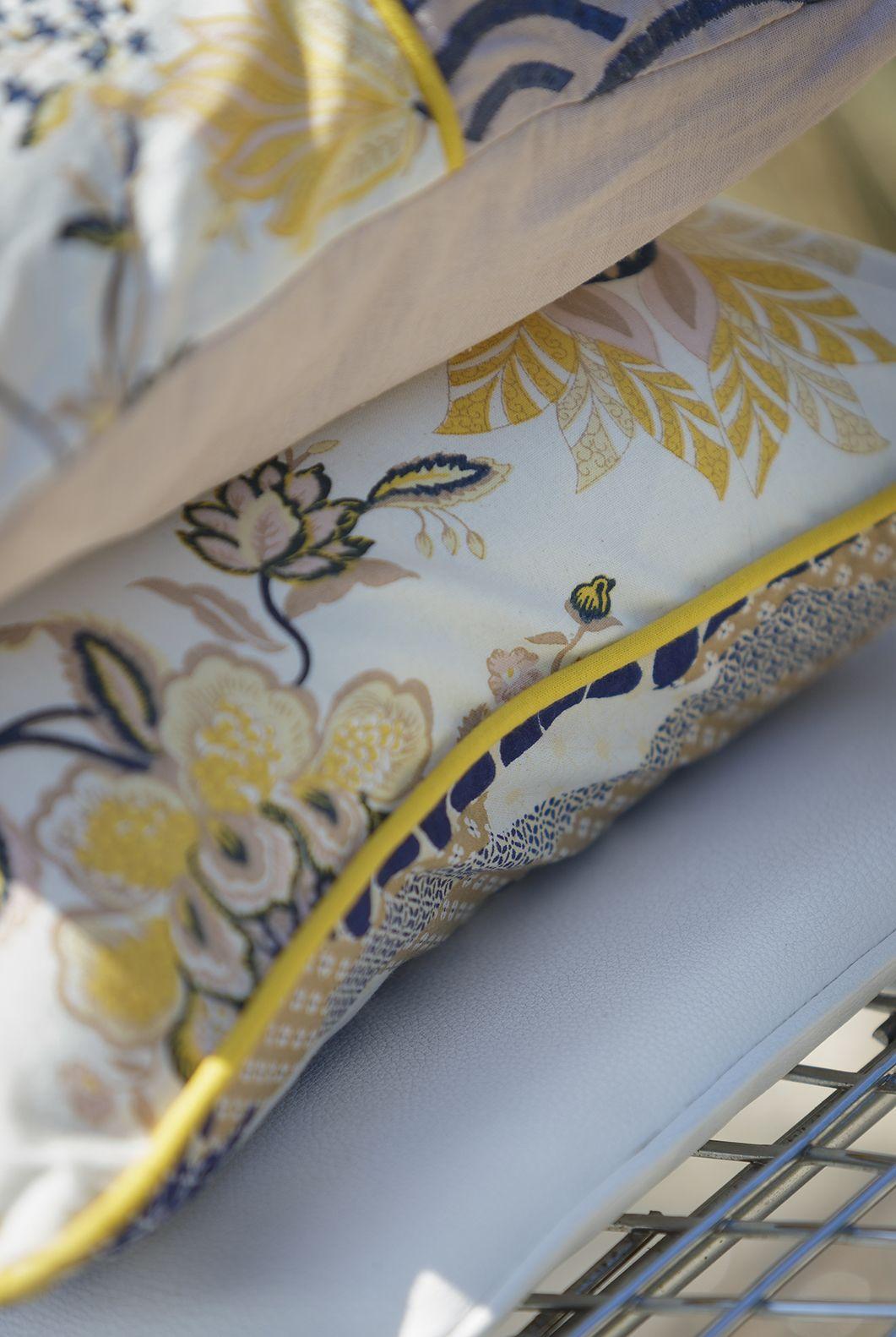 coussins collection printemps t 2016 la fianc e du mekong lafianc edumekong coussins. Black Bedroom Furniture Sets. Home Design Ideas