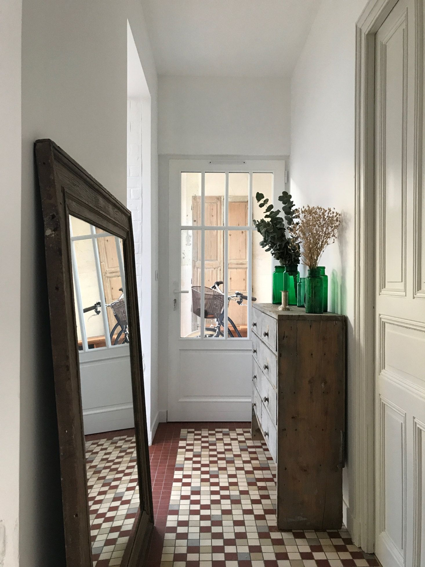 French Lessons A Designer And An Antiquary S Remodeled Guesthouses In Reims Soon Available To Rent My Scandinavian Home