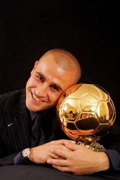 Pin de Andrea Strawther en Calcio | Balón de oro, Balones, Oro