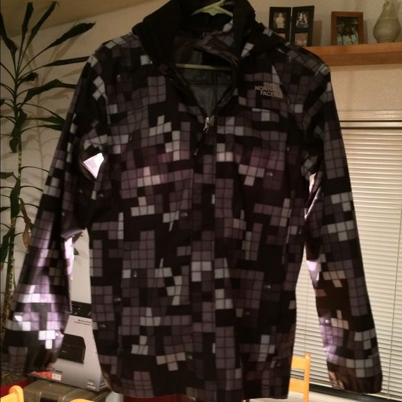 North face black and white checkered jacket