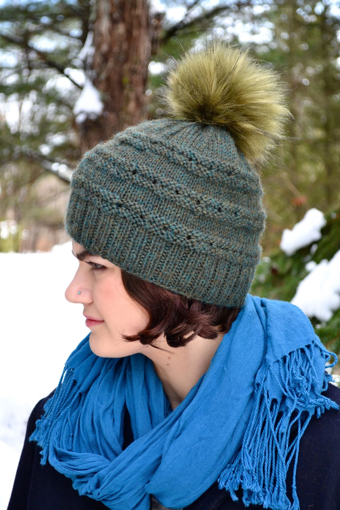 Eyelet Messy Bun Hat Pattern | Pinterest | Gorros