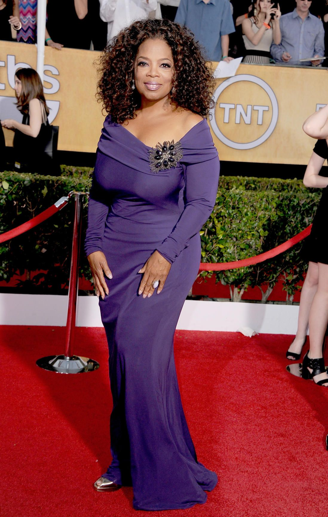 Oh Oprah You Are Way Too Quot Chesty Quot To Not Be Wearing A
