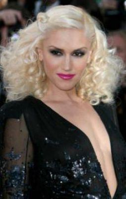 Pin By Jentri Young On Jessie Disco Hair Celebrity Hair Inspiration Hair Styles