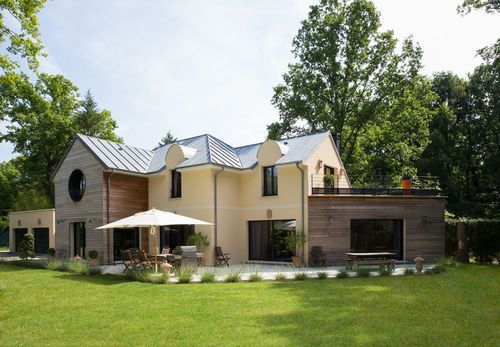Une maison à l\u0027allure à la fois classique et contemporaine