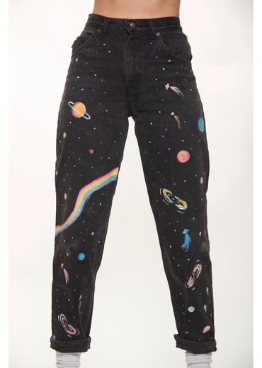 Photo of All Across the Universe Jeans – Retro and Groovy