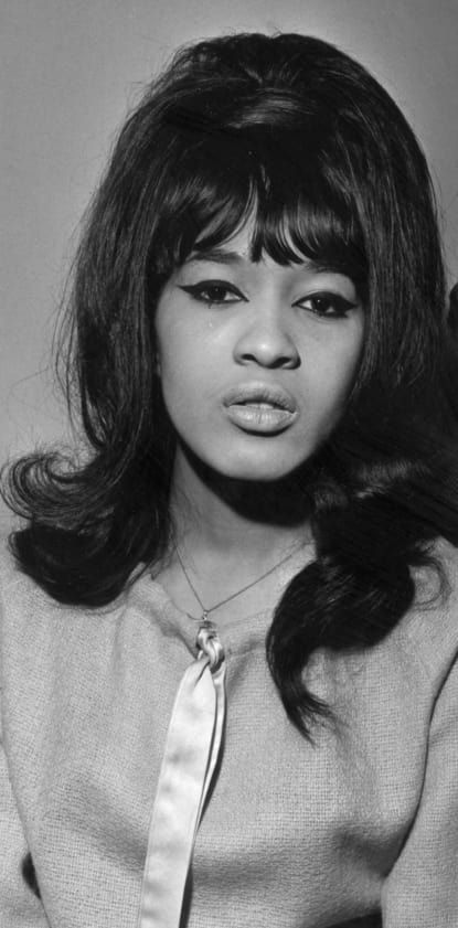 60 iconic women who prove style peaked in the 60s