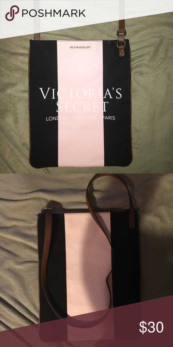 Large Victoria's Secret crossbody bag New never used Victoria's Secret large crossbody bag Victoria's Secret Bags Crossbody Bags