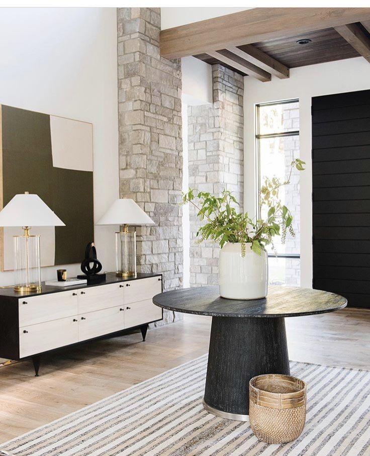 80 Modern Farmhouse Staircase Decor Ideas 64: Pin By Brittany Vasil On Vasil Foyer Inspo In 2020