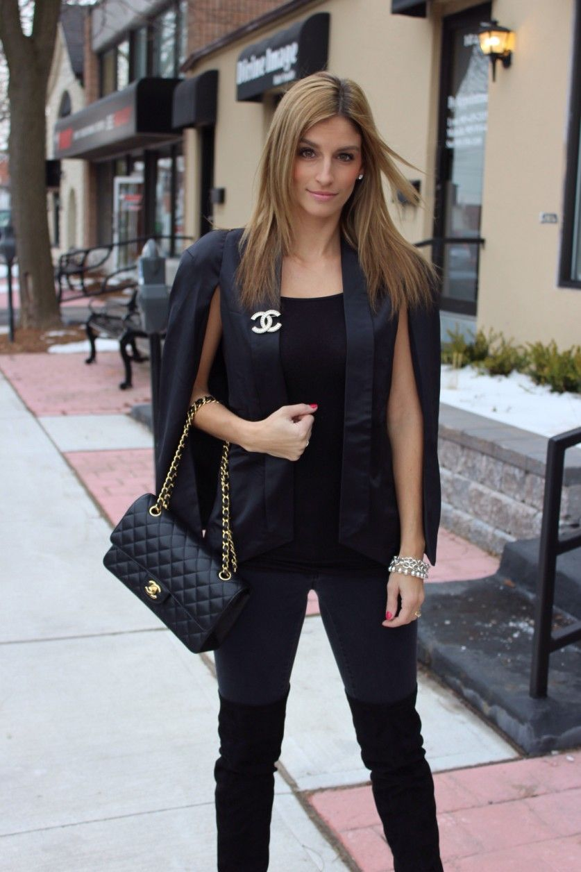 0eedb047c7892f All Black Everything with a Bit of Chanel Sparkle   Brooch   Chanel ...