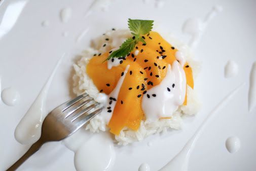 Une-deux senses: Thai Mangos with Coconut Sticky Rice