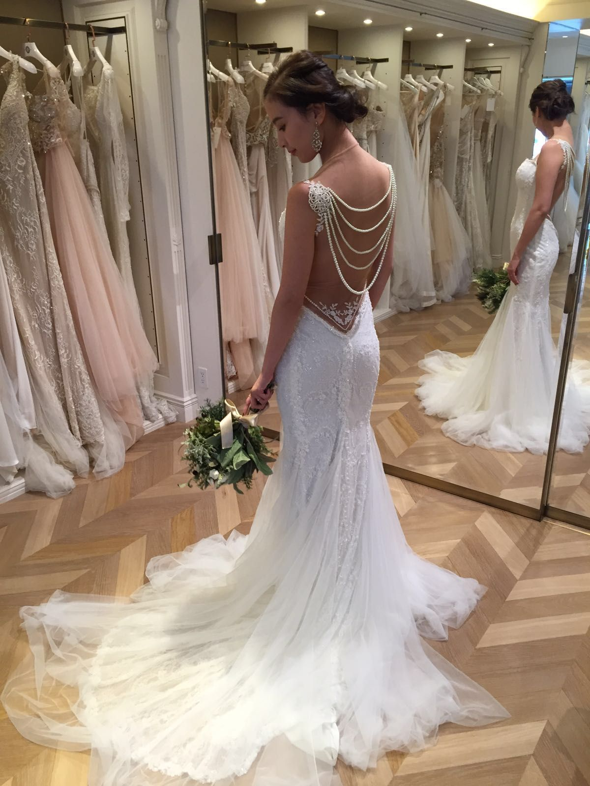 Bridal Fittings 101 Everything You Need To Know About Wedding Dress Alterations Wedding Dre Fall 2015 Wedding Dresses Naeem Khan Bridal 2015 Wedding Dresses