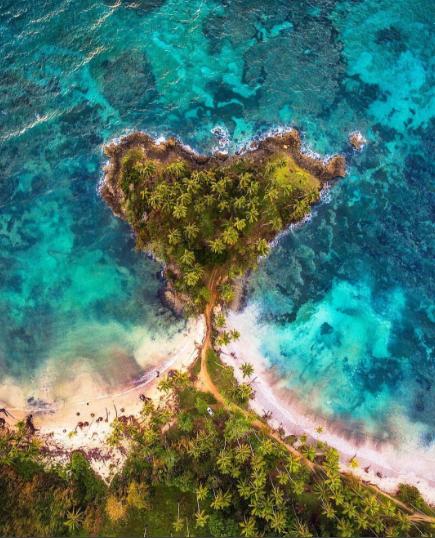Another amazing photograph! The earth is really breathtaking! Start taking epic footage like this with your new drone. We make it easy with BUY NOW PAY LATER finance option as low as 25$ per month. Now what are you waiting for. https://www.dynnexdrones.com/