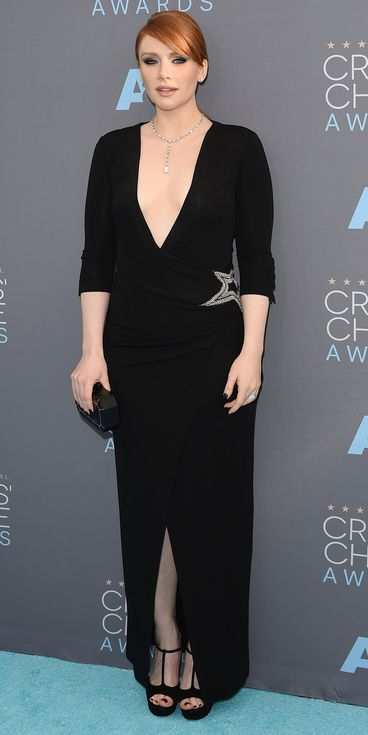 Critics' Choice Awards: Red Carpet Looks You Need to See | People - Bryce Dallas Howard in a plunging black Pierre Balmain dress