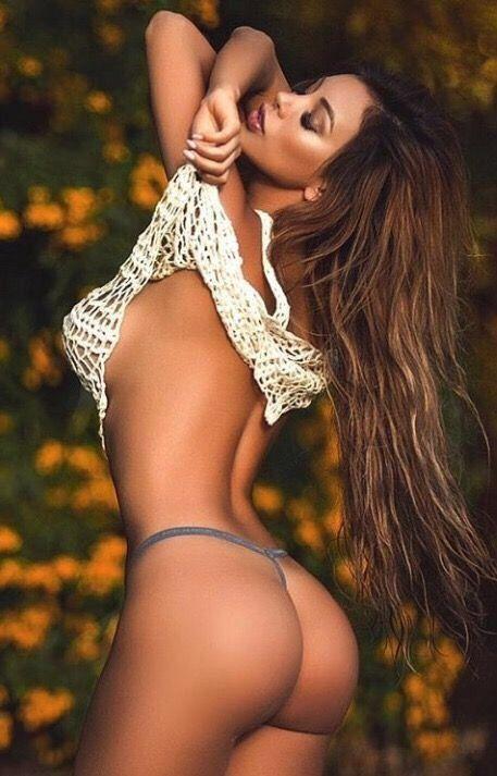 hot sluty milfs nude