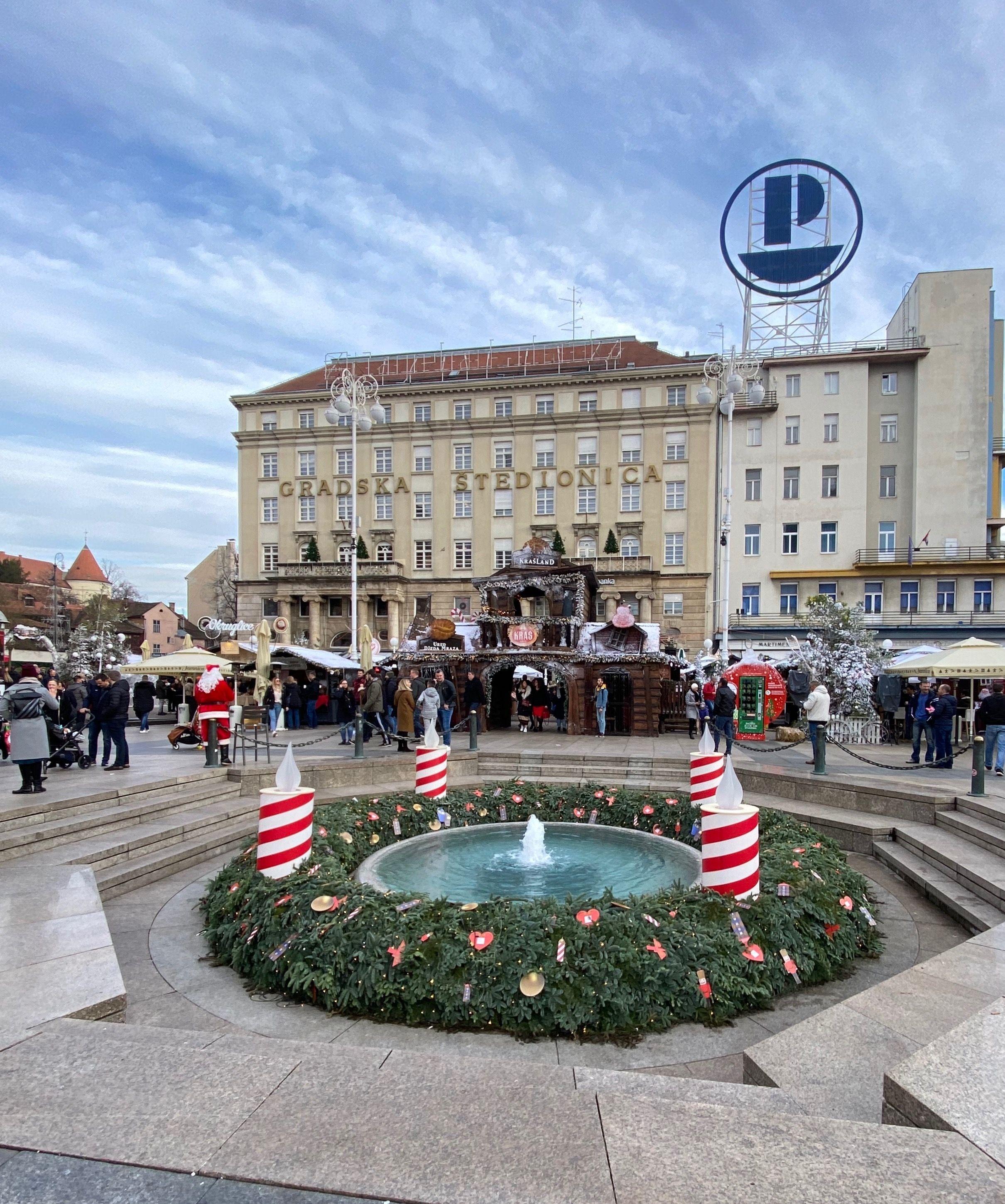 Zagreb Advent Best Christmas Markets Christmas Market Large Christmas Tree