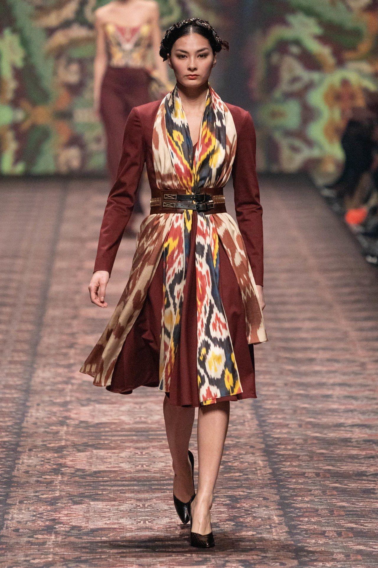 Lena Hoschek Fall Winter 2020-21 Fashion Show in 2020 ...