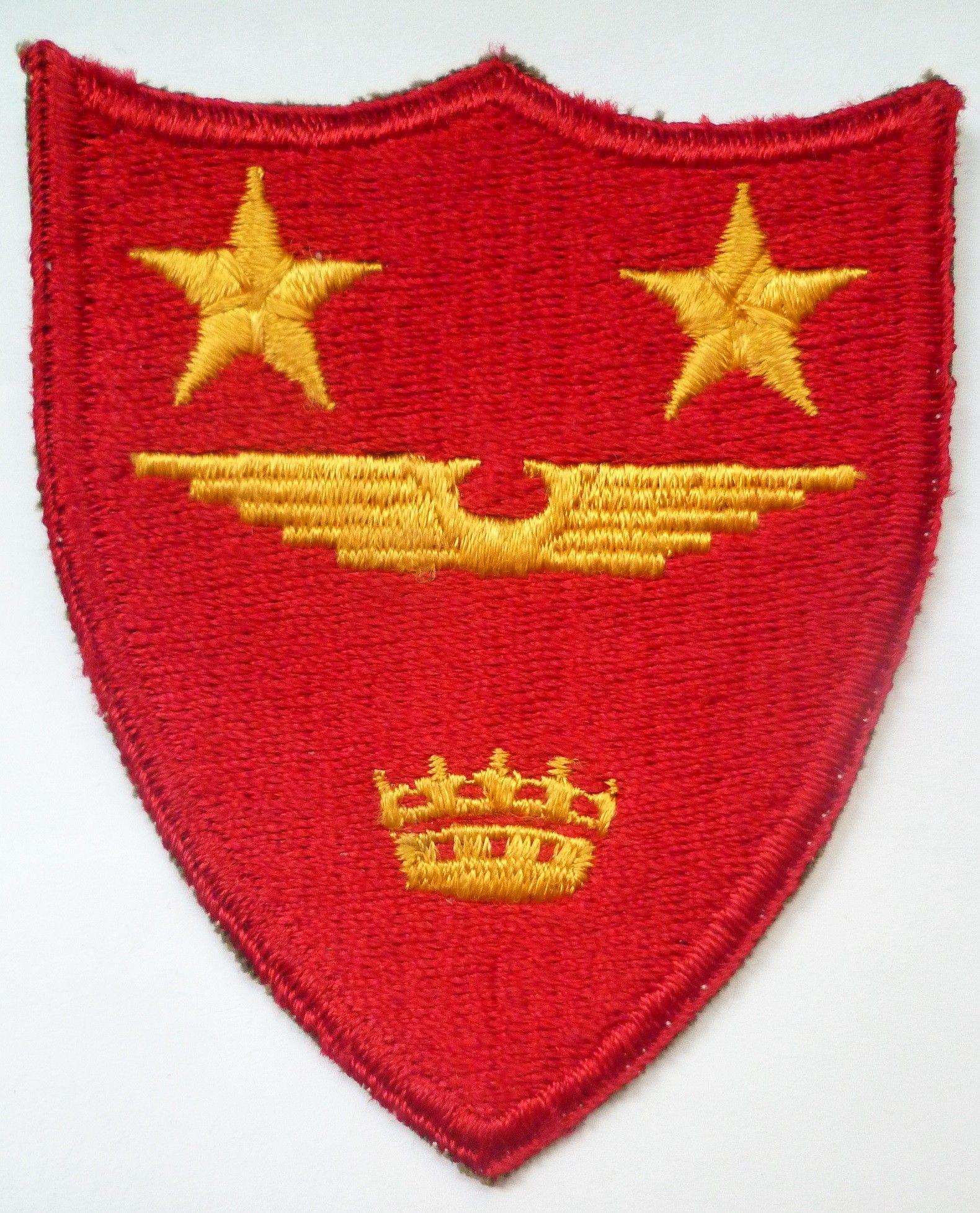 US ARMY INSIGNIA SET OF TWO FIELD ARTILLERY VIETNAM ERA
