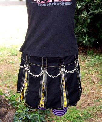 Aut's Hot Topic Tripp gothic black yellow plaid skirt with chain goth on ebay