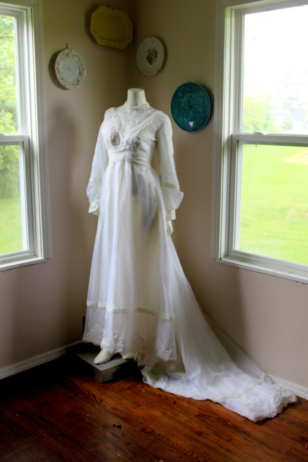 Vintage s bohemian victorian inspired romantic chantilly lace