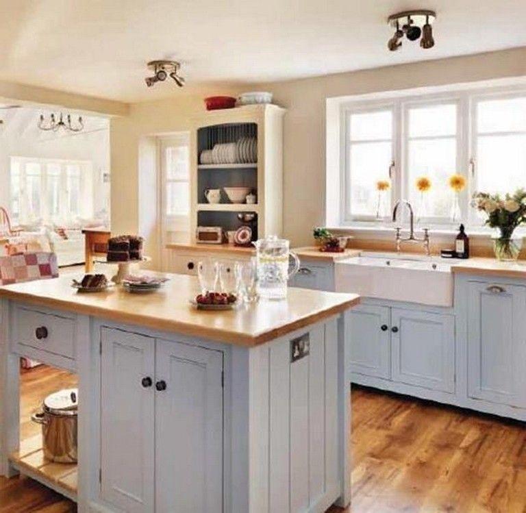 30+ Stunning Farmhouse Kitchen Decorating Ideas | Small ...
