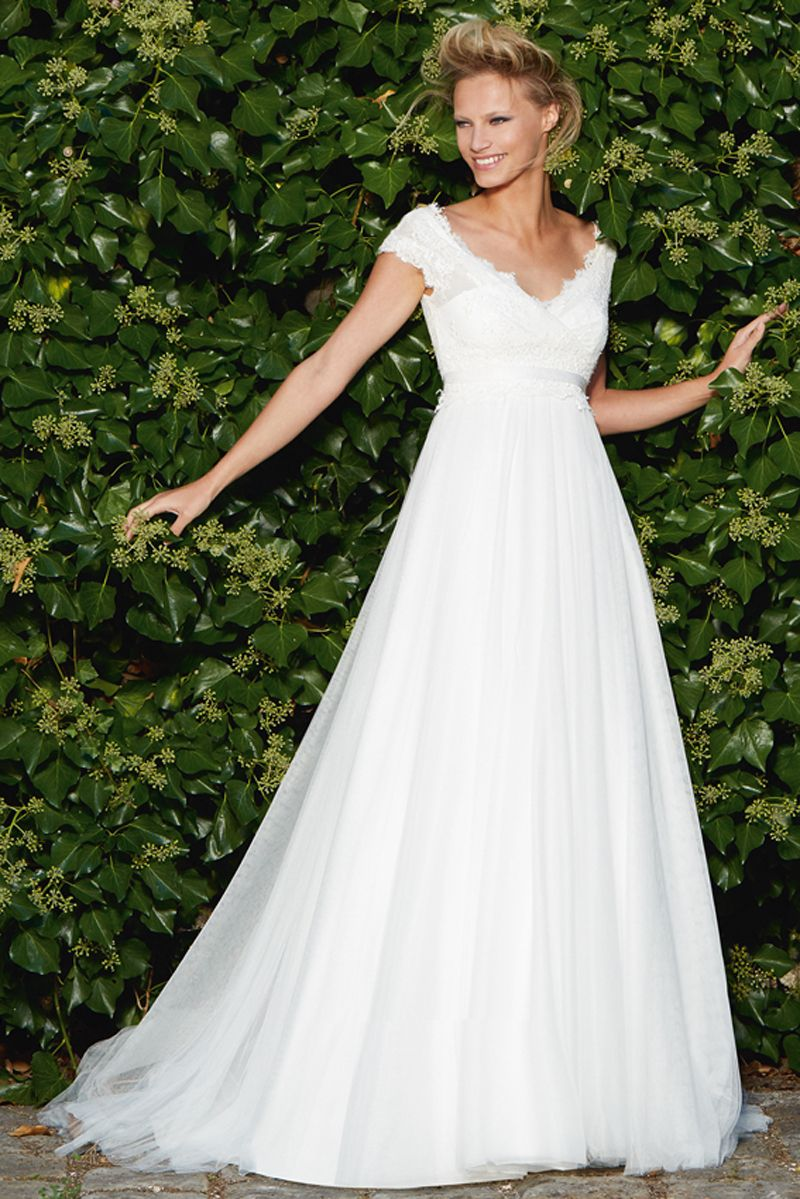 pregnant wedding dress - Google Search   *Maternity Wedding Dresses ...