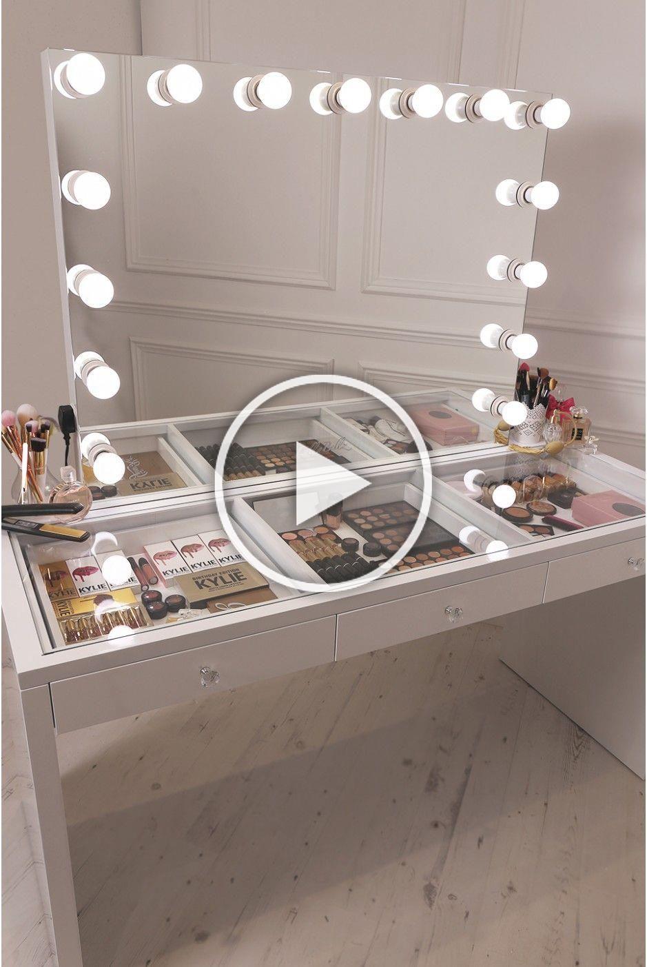 Crisp White Finish Slaystation Make Up Vanity With Premium Storage Three Spacious Drawers Encrusted With Diamante In 2020 Diy Vanity Mirror Bedroom Vanity Diy