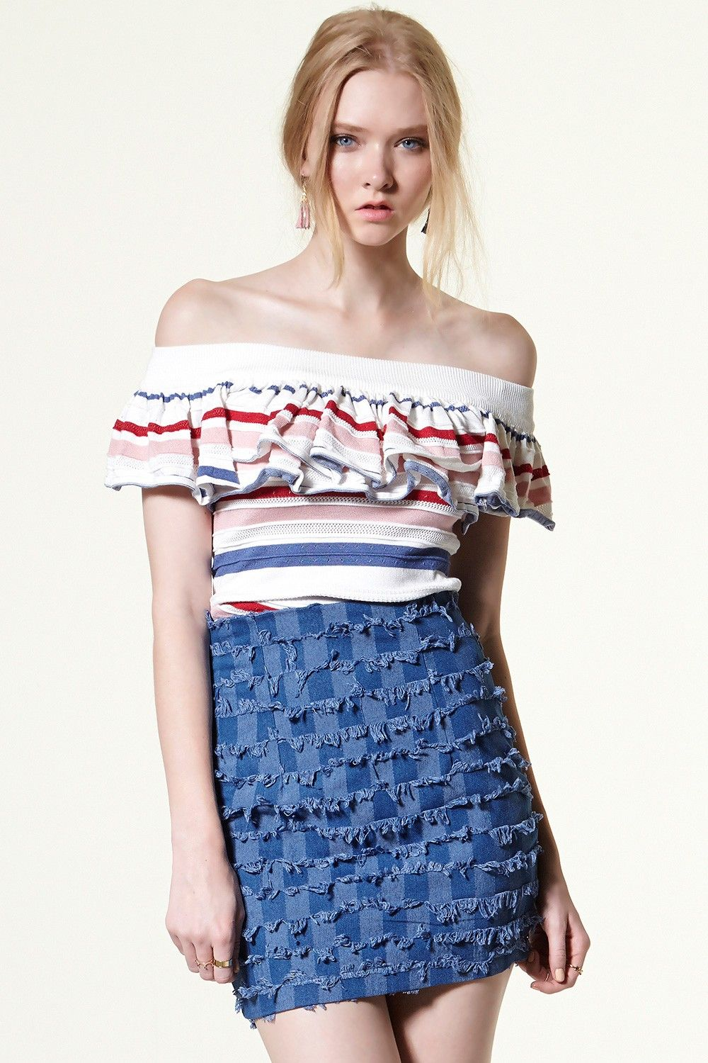 Elania Stich Blcock Mini Skirt Discover the latest fashion trends online at storets.com