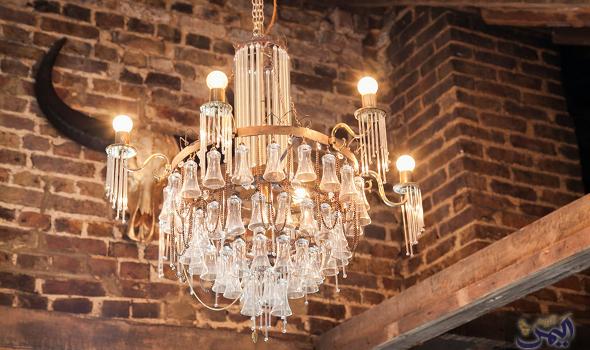 أشكال حديثة من الثريات تلائم كل الأذواق Chandelier Ceiling Lights Lighting