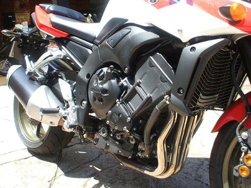 黒エンジン