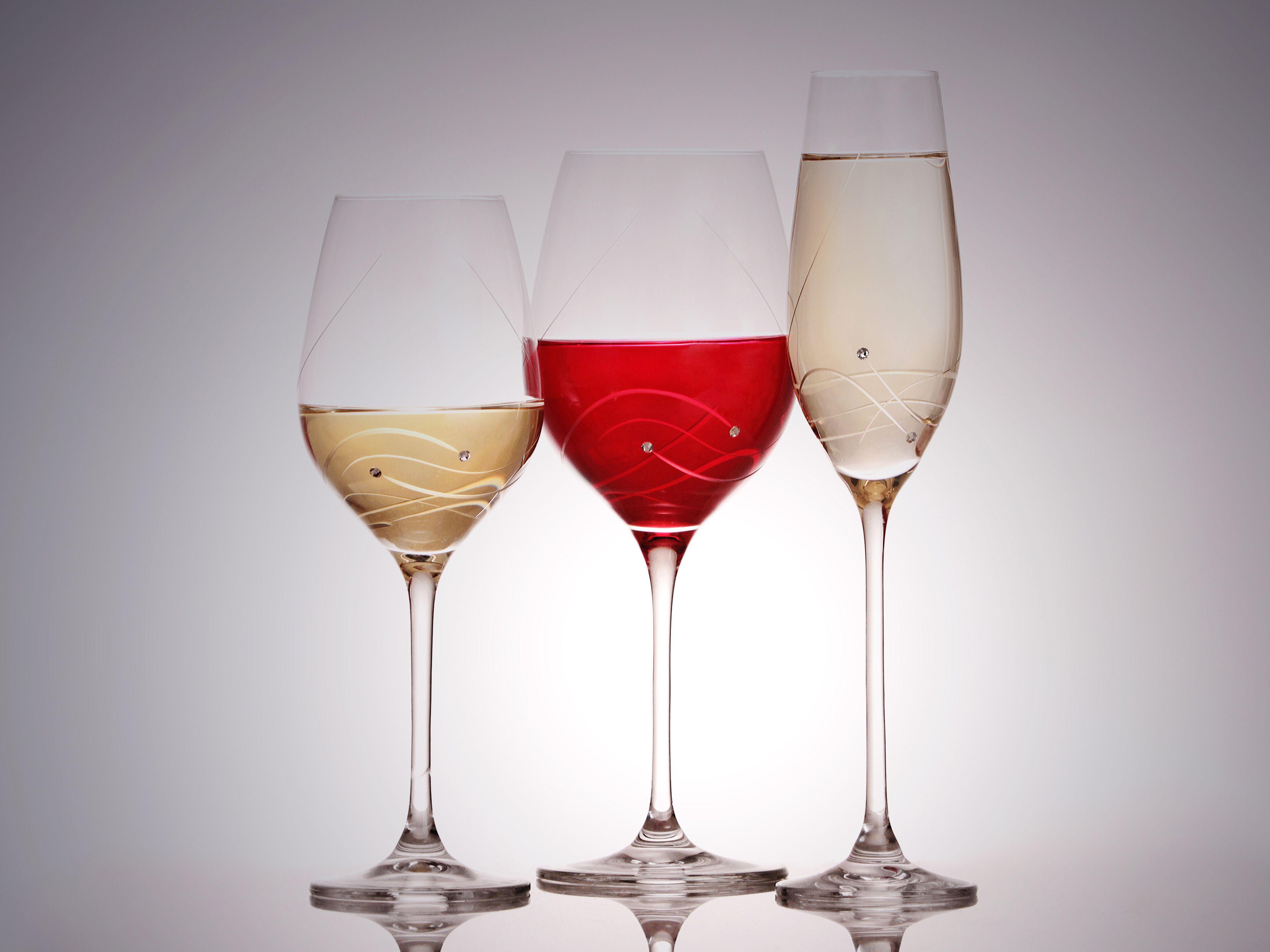 Pohare Do Kazdej Domacnosti Www Crystal4europe Eu Wine Glassware Wine Glasses
