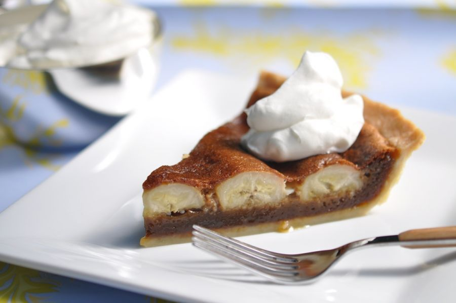 Salted Brown Sugar Banana Pie | Imperial Sugar #bananapie