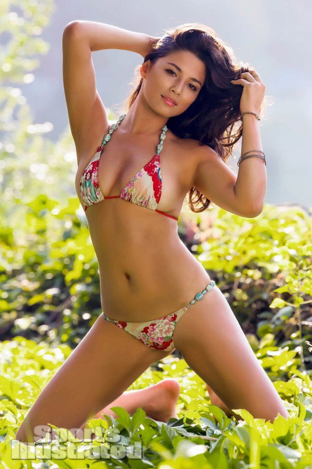 Image result for sports illustrated jessica gomes gomes
