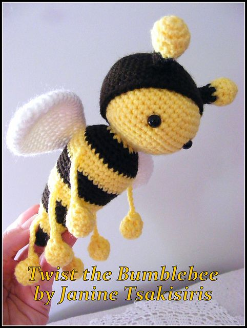 Twist And Twirl Bumble Bees Pattern By Janine Tsakisiris Pinterest