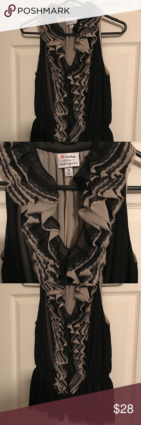 💕💕Neiman Marcus for Target 💕💕💕 💕💕💕Neiman Marcus for 🎯 Target💕💕by Robert Rodriguez Size Medium💕💕Beautiful And Sexy Top💕💕Never worn Robert Rodriguez Tops Blouses