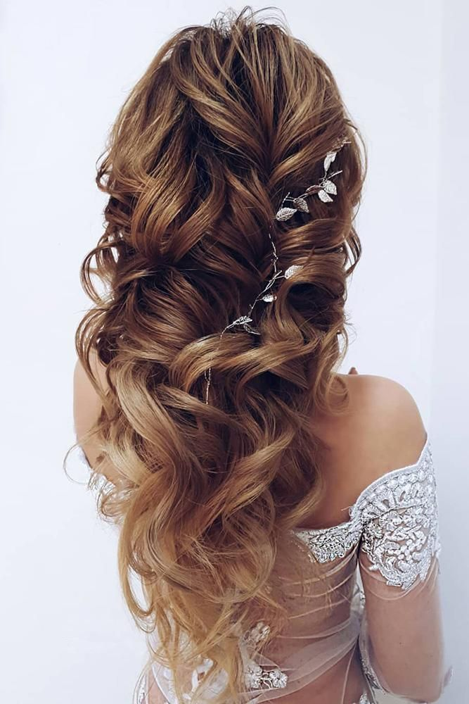 42 Boho Wedding Hairstyles To Fall In Love With | Hair styles, Diy hairstyles, Long loose curls