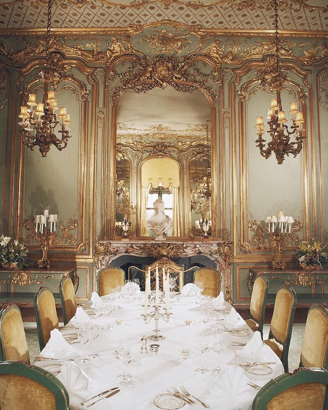 Opulent afternoon inspiration courtesy of kristina bazan wedluxe