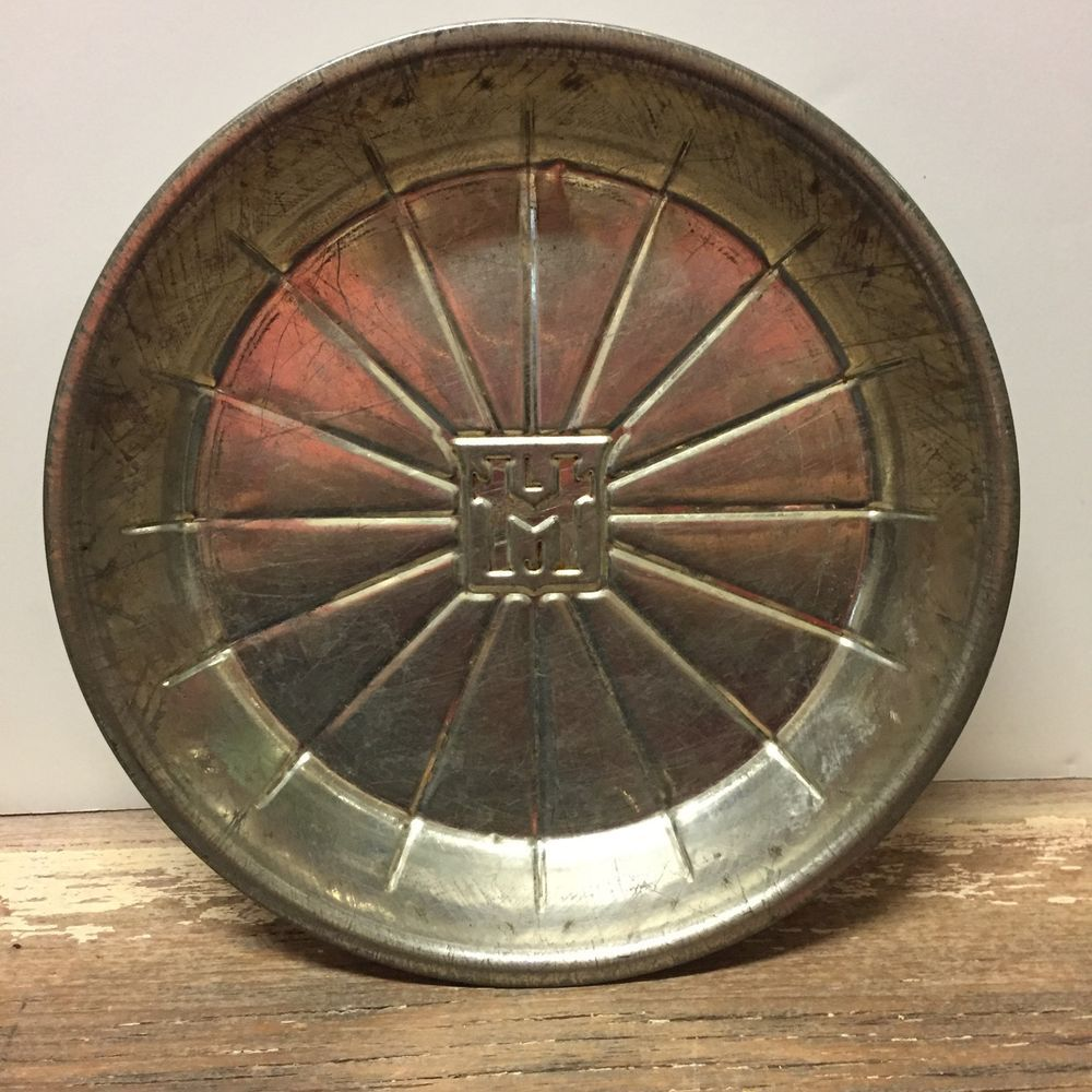 Vintage MLJ Logo Pie Tin Pie Plate Pie Pan 9 034 16 Slice RARE and Hard & Vintage MLJ Logo Pie Tin Pie Plate Pie Pan 9\