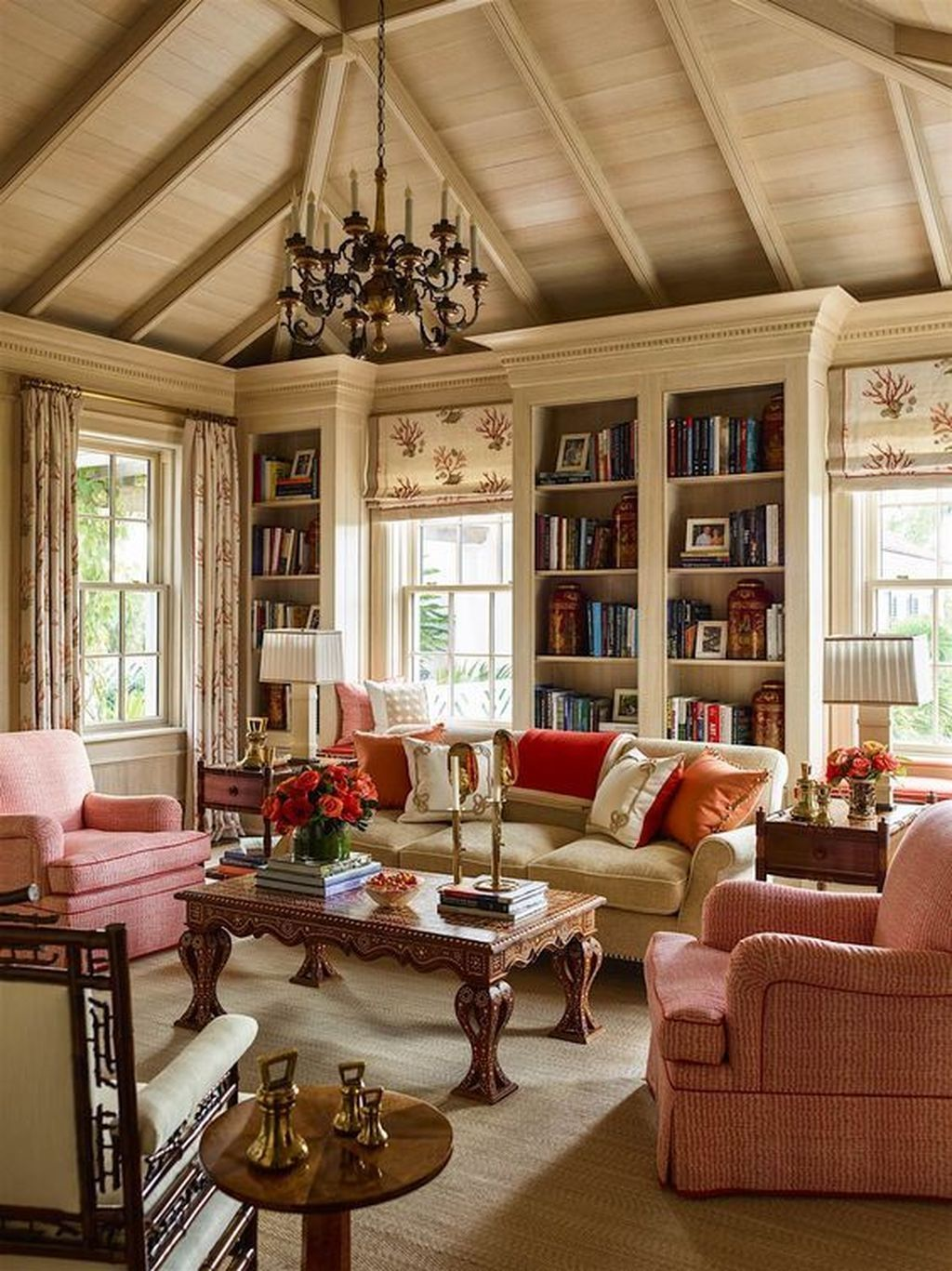 20 fancy home decor that blends tradition and trends